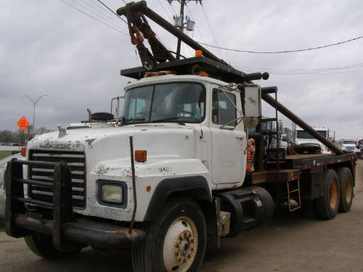 Trucks For Sale In East Texas >> 2500 For Sale East Texas Trlrs 2500 Winch Truck