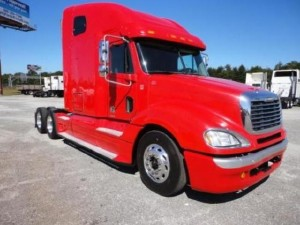 2007 FREIGHTLINER COLUMBIA CL12064ST