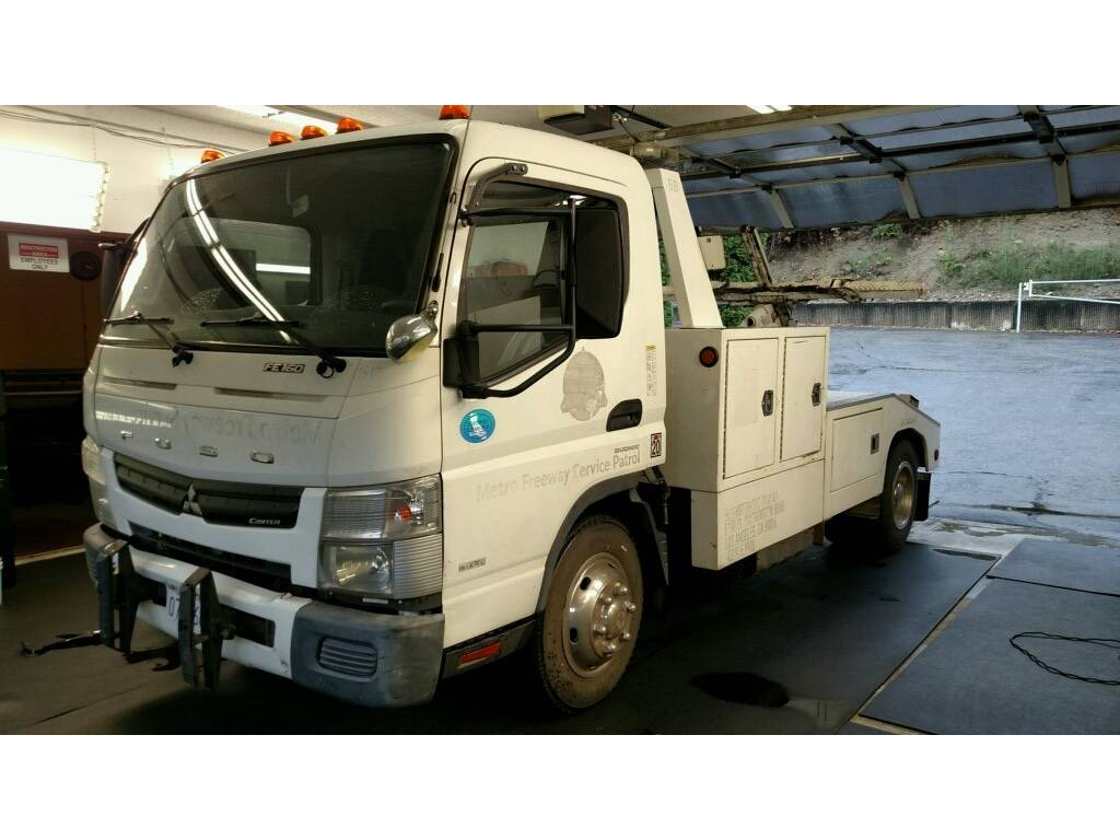 2012 Mitsubishi Fuso FE160 For Sale in Lakewood, WA - Commercial Truck  Trader