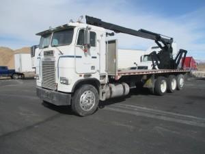 8x2 Heavy Duty Trucks For Sale