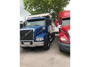 2004 Volvo VHD84B Dump Truck, Daytona beach FL - 123294817 - CommercialTruckTrader.com