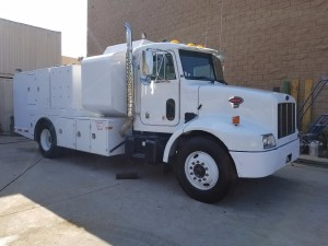 2004 Peterbilt 330 Fuel Truck - Lube Truck, Vista CA - 5000058427 - CommercialTruckTrader.com