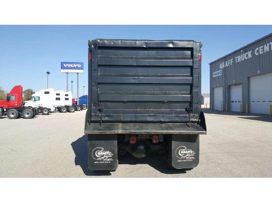 2006 Volvo Vhd Tri Axle Dump, Flint MI - 5001088865 - CommercialTruckTrader.com