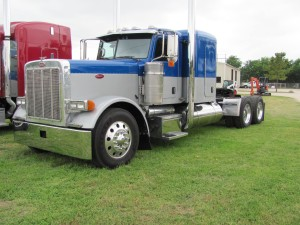 Peterbilt 379exhd for sale 38 listings page 1 of 2 2006 peterbilt 379 extended hood flat top trk conventional day cab publicscrutiny Images