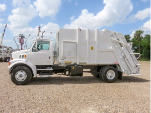 2009 STERLING L7500 Garbage Truck, McAllen TX - 5002252841 - CommercialTruckTrader.com