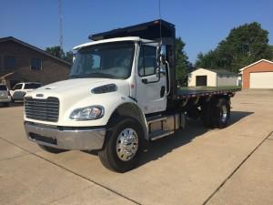 2018 Freightliner BUSINESS CLASS M2 106 Flatbed Truck, Middletown DE - 5003884004 - CommercialTruckTrader.com