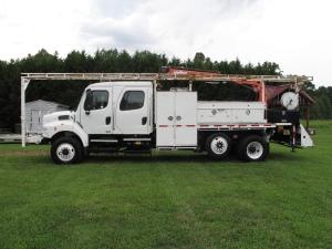 2009 Freightliner FL106 Crane Truck, Stanley NC - 5003927665 - CommercialTruckTrader.com