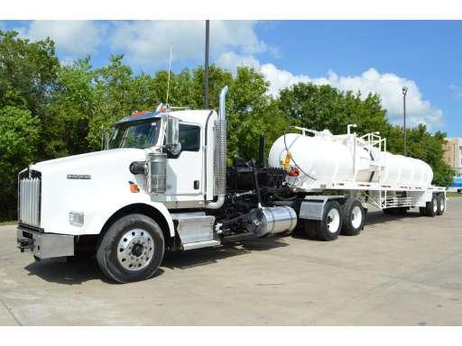 2012 KENWORTH T800 Vacuum Truck, Tanker Truck, Oil Tank Truck