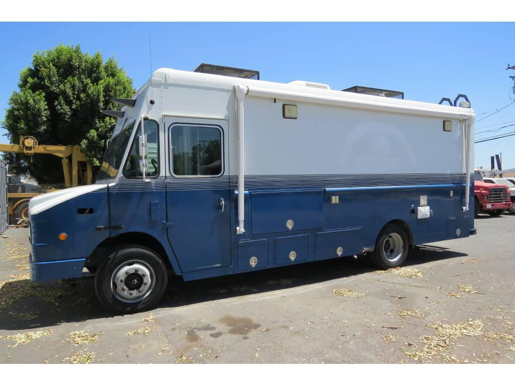 2004 Workhorse Chevy 18 Ft Custom Shoreline Scuba Diving Van For
