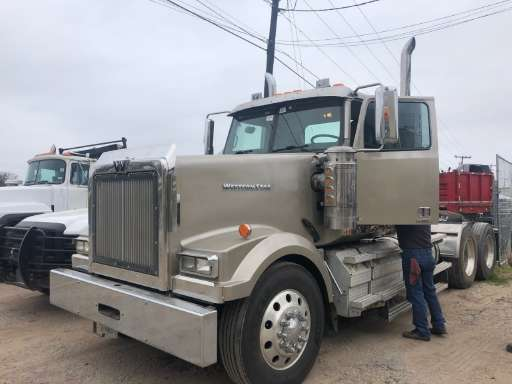 2015 WESTERN STAR 4900 EX Conventional - Day Cab, Tractor
