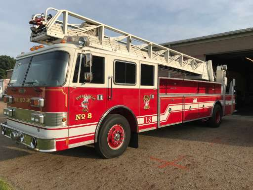Seagrave Fire Apparatus >> Seagrave For Sale Seagrave Fire Truck Commercial Truck Trader