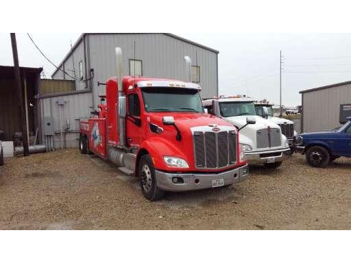 2015 Peterbilt OTHER Wrecker Tow Truck