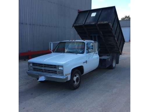 1985 Chevrolet C30 Dump Truck