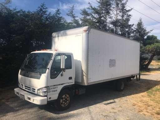 2006 ISUZU NPR Box Truck - Straight Truck