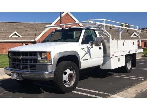 2002 Chevrolet Silverado 3500 Flatbed Truck