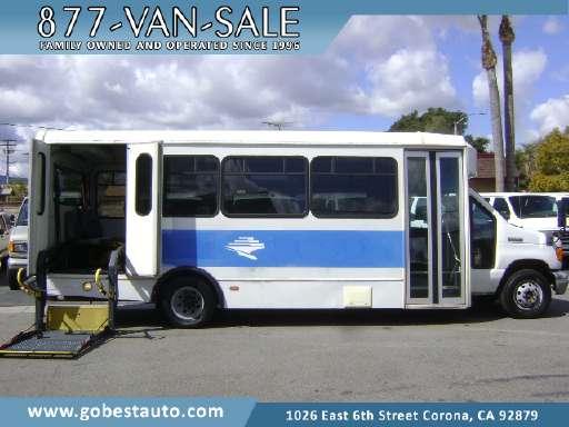 2006 FORD E450 Bus, Passenger Van, Mobility Van