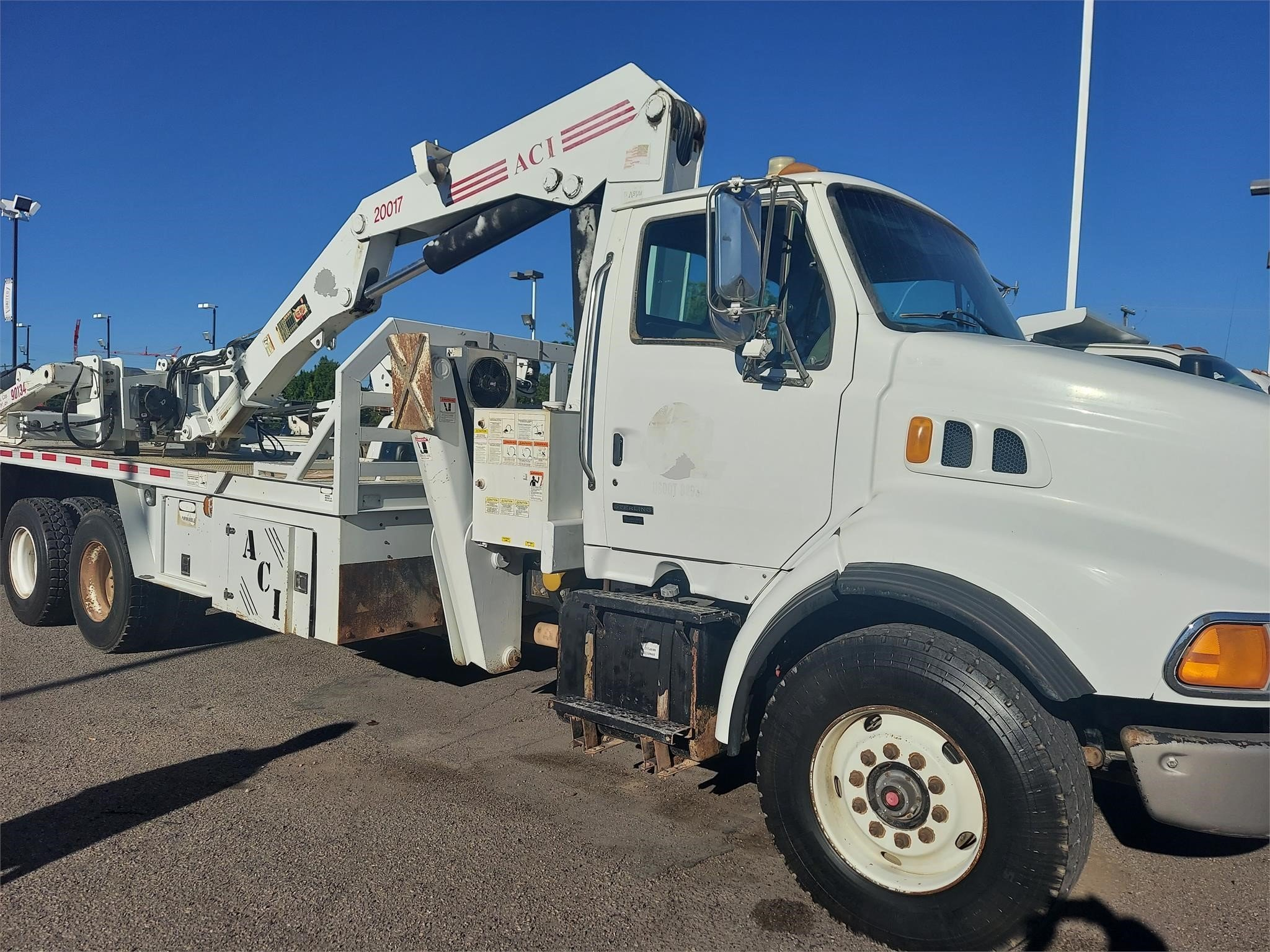 Used, 2004, STERLING, L9513, Utility Truck - Service Truck