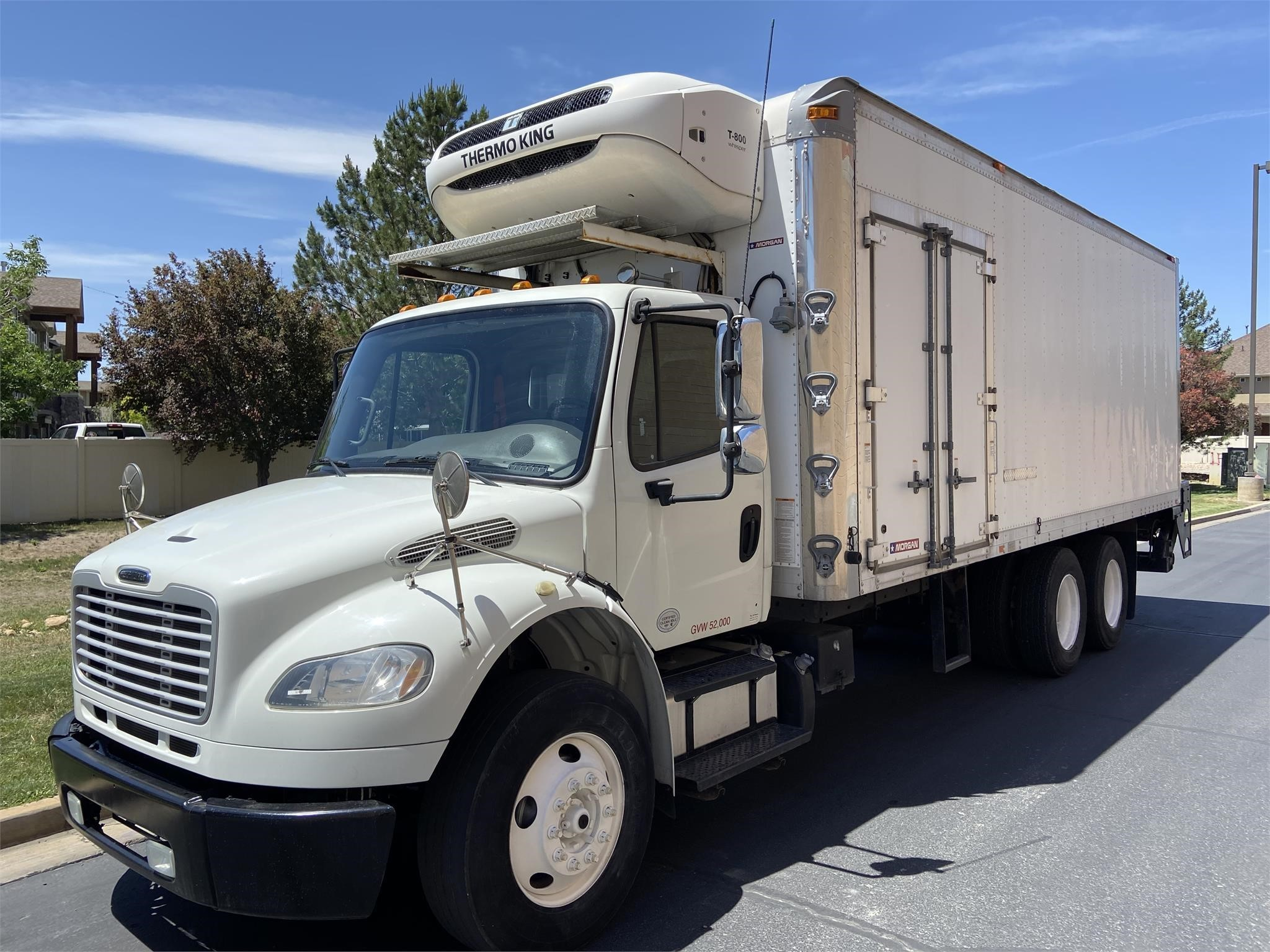 Used, 2014, FREIGHTLINER, BUSINESS CLASS M2 106, Reefer/Refrigerated Truck